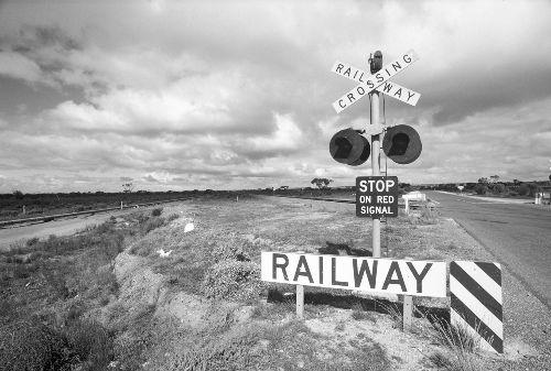 Bild: AP Digital - Crossing Railway - 150g Vlies (4 x 2.7 m)
