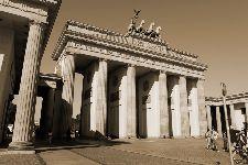 Bild: AP XXL2 - Brandenburger Tor - 150g Vlies (2 x 1.33 m)